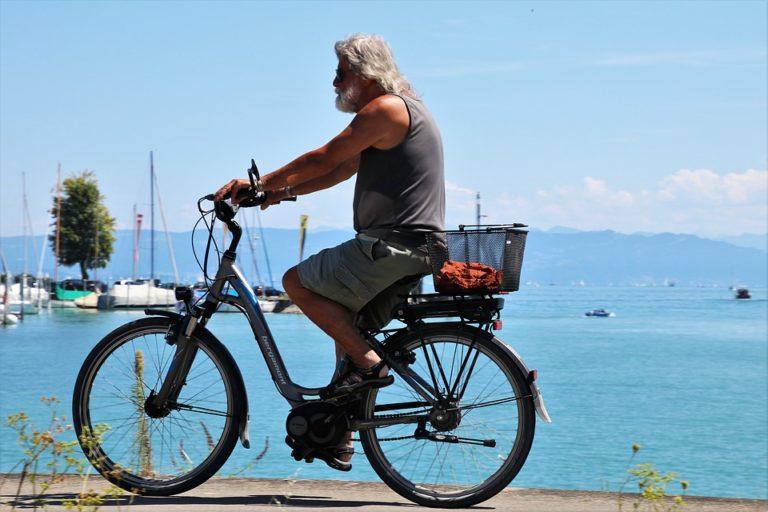 Promenade en vélo électrique