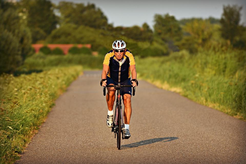 Vélo électrique de course